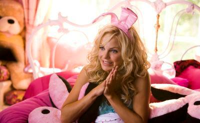 Anna Faris fliegt aus Hugh Hefners Bunny Mansion